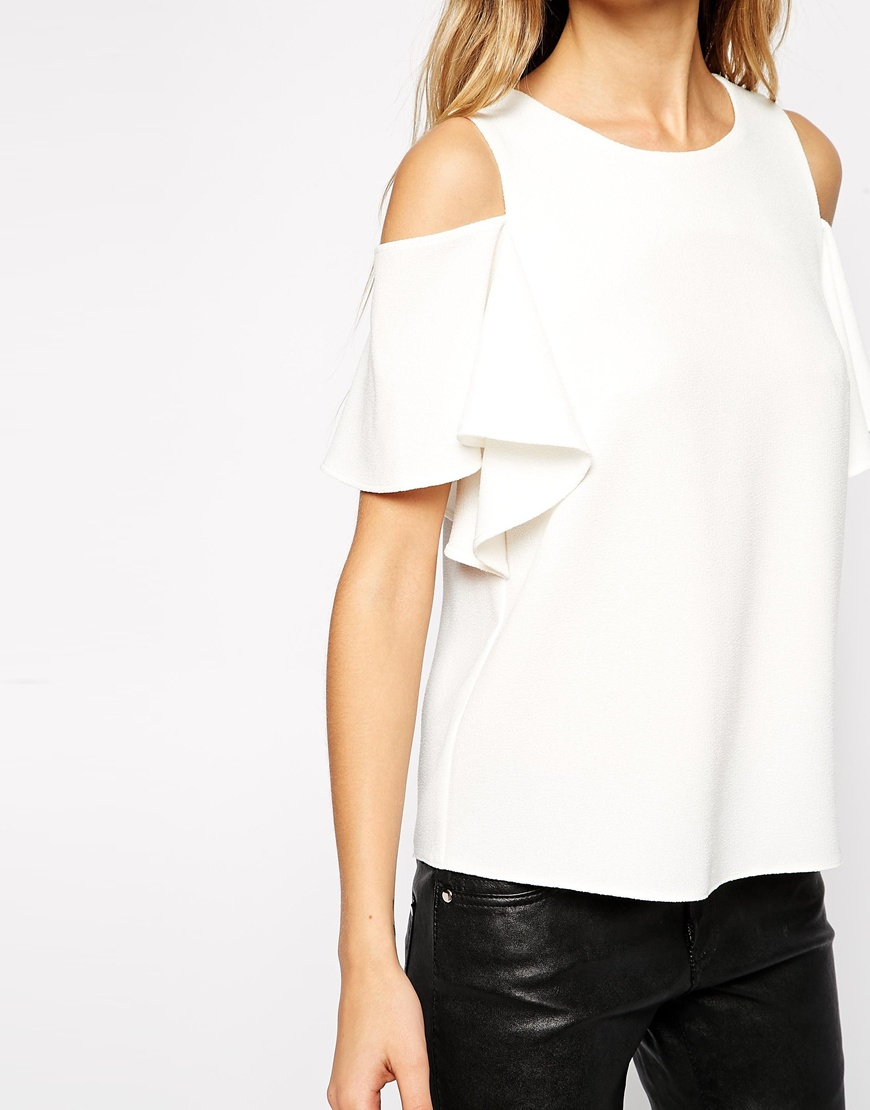 cf619c65598559 ASOS Crepe Ruffle Sleeve Cold Shoulder Top in White - Lyst