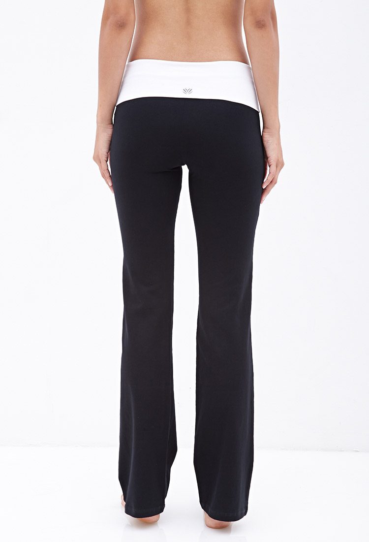 Forever 21 Fit & Flare Yoga Pants in Black | Lyst