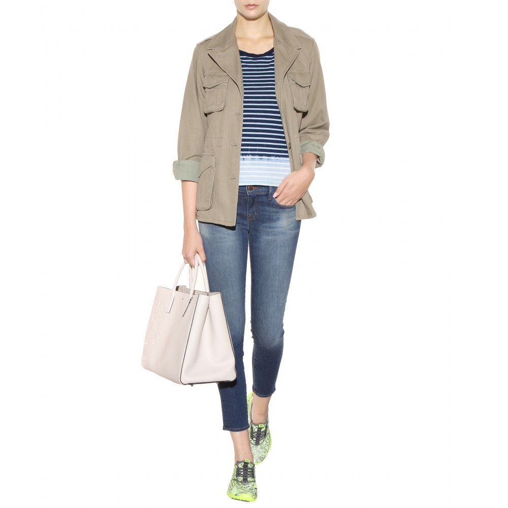 J Brand Low Rise Ankle Crop Jeans in Blue