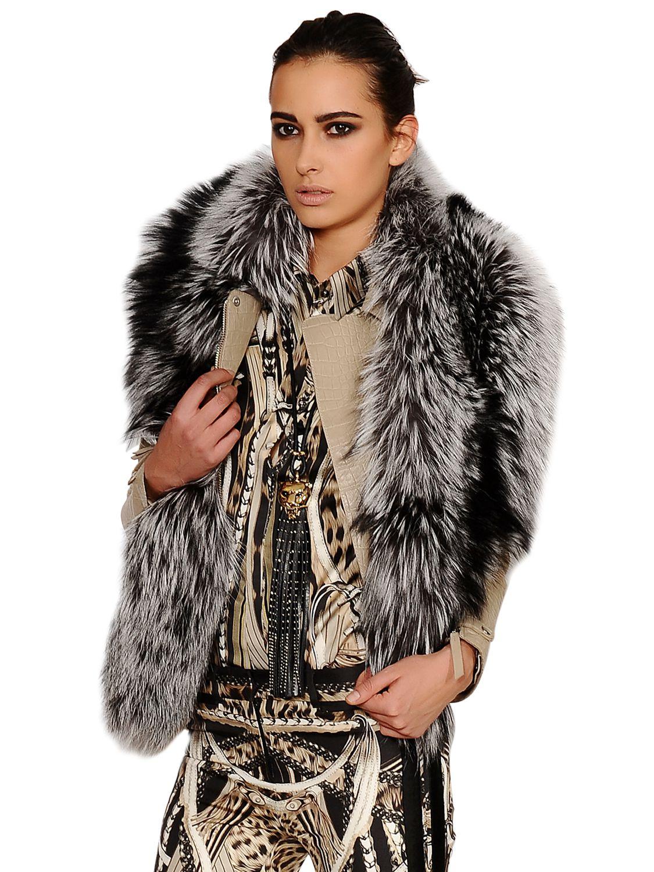 timeless design b427d f3bc7 Women's Gray Silver Fox Fur Stole