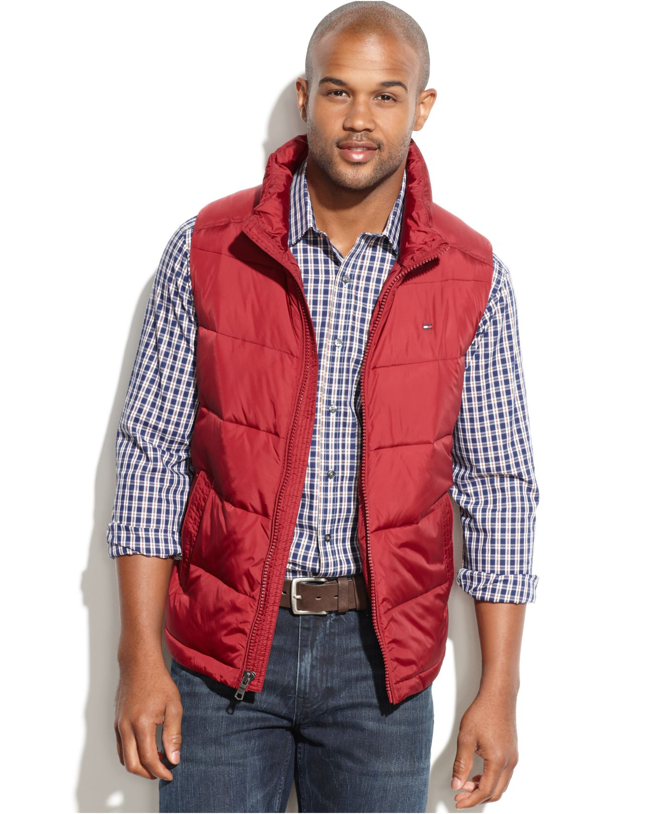 Stay warm on blustery days with men's vests from Columbia Sportswear. Browse this collection of versatile men's outdoor vests and find the right style for you.