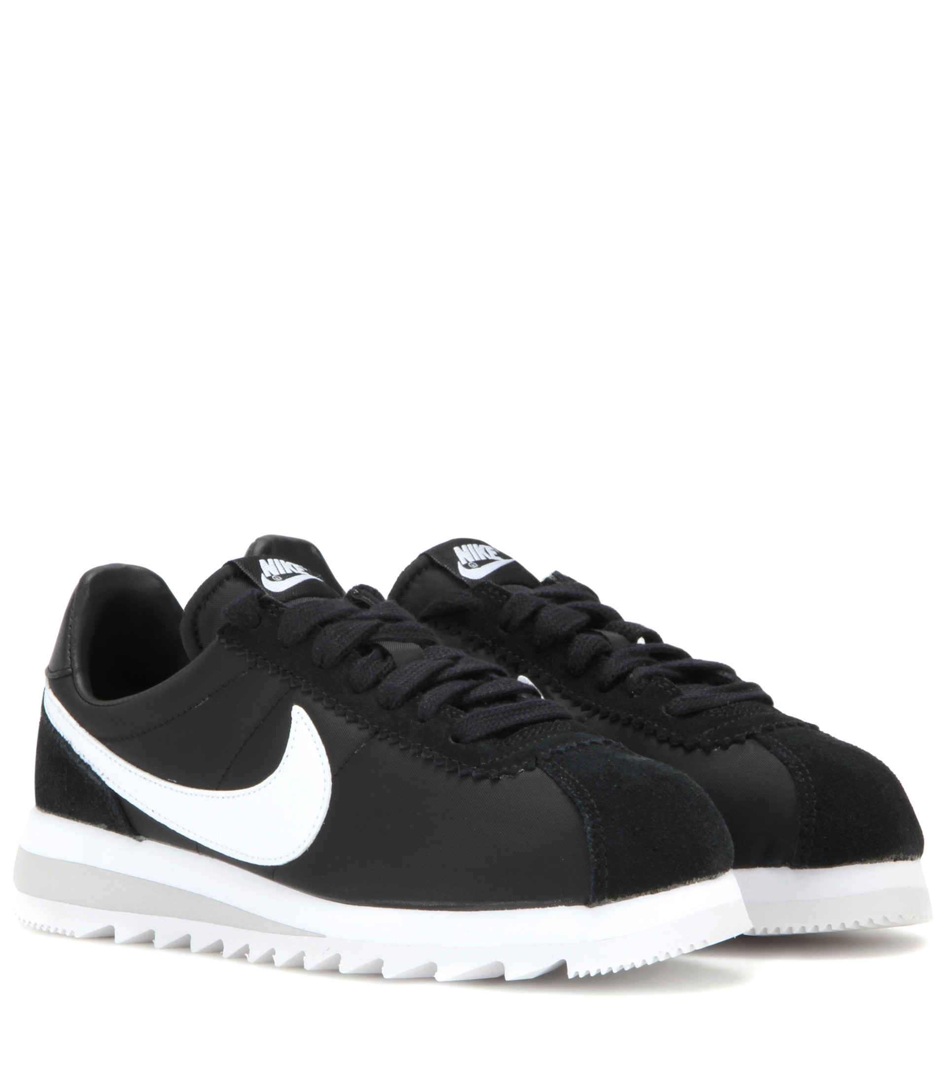 Nike Classic Cortez Epic Sneakers in Black