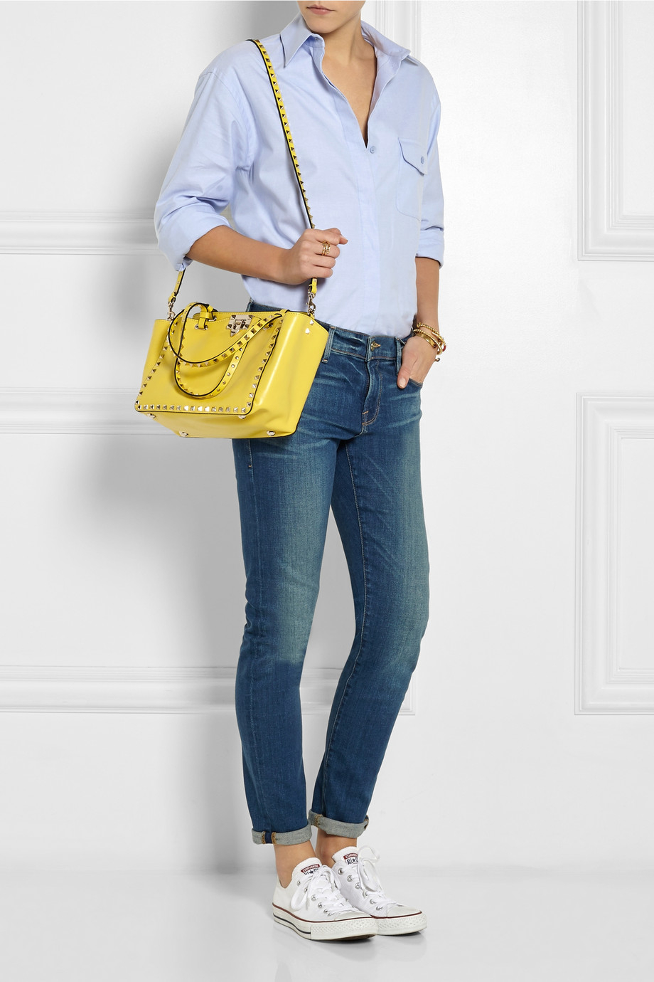 2bacbdaa6e8 Valentino The Rockstud Small Leather Trapeze Bag in Yellow - Lyst