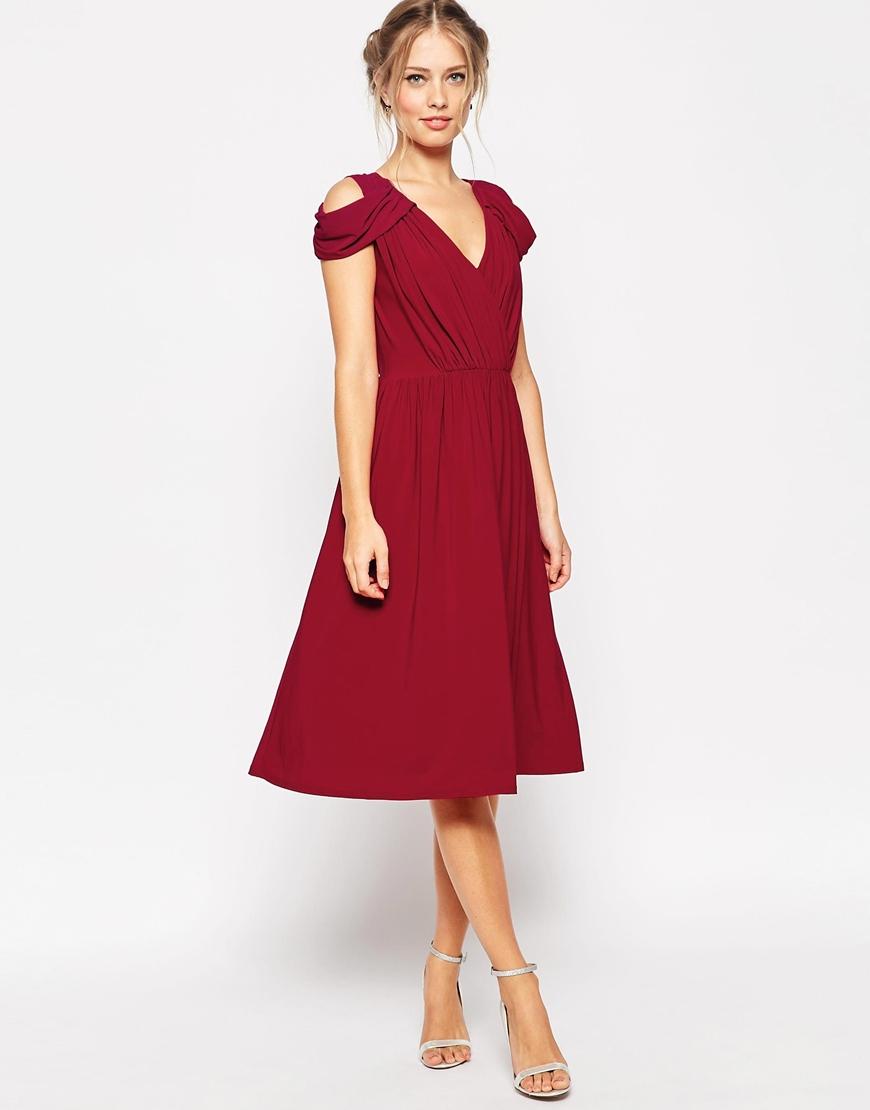 Lyst asos wedding drape cold shoulder midi dress in purple for Cold shoulder dresses for wedding
