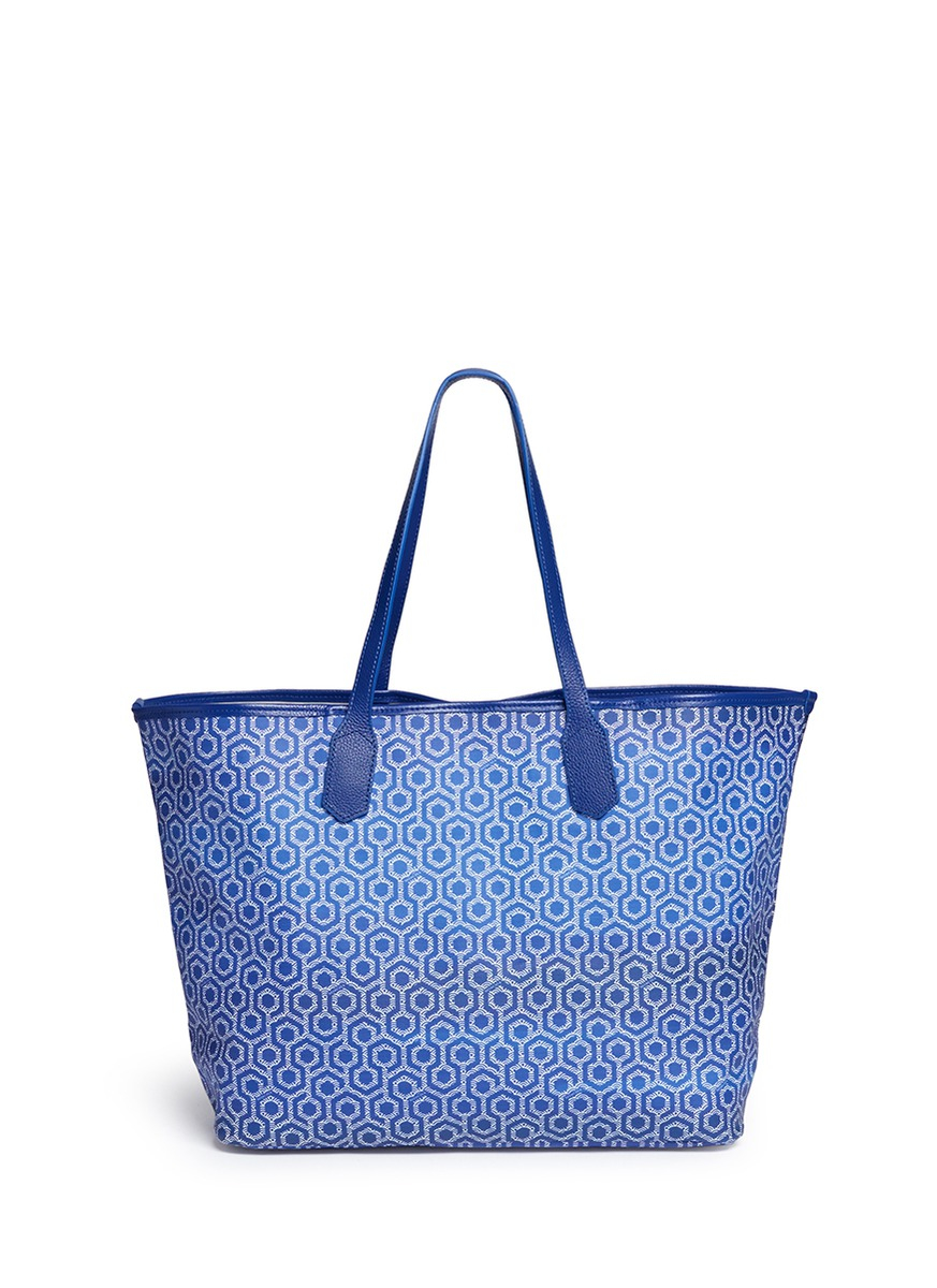 Mischa Canvas 'jet Set Tote' In Gradient Seigaiha Wave Hexagon Print in Blue