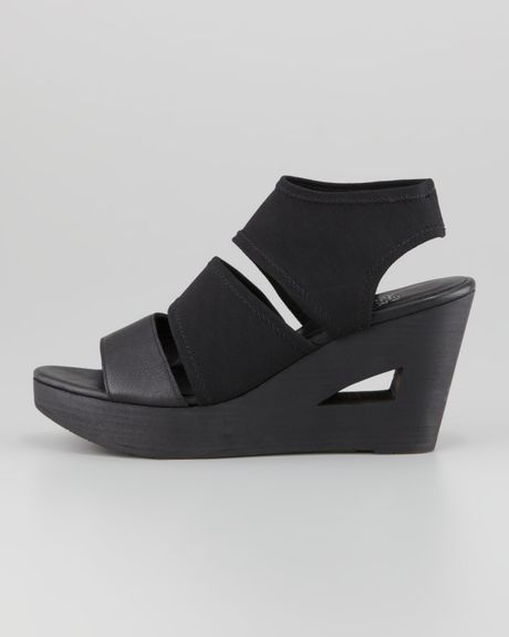 Eileen Fisher Rally 2 Stretch Wedge In Black Lyst