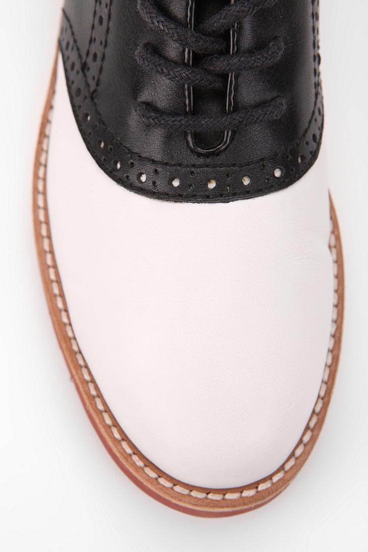 G H Bass Co Women S Enfield Oxford Shoe