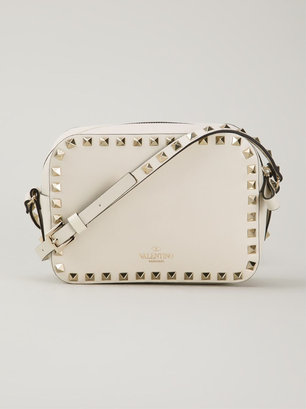 1e8c19b9d2 Gallery. Previously sold at: Farfetch · Women's Valentino Rockstud Bags