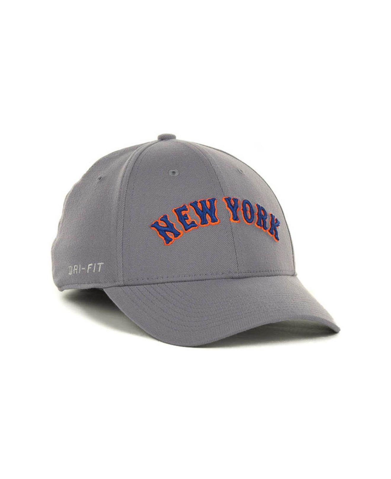 buy popular df6c3 88b91 ... new arrivals lyst nike new york mets dri fit swoosh flex cap in gray  for men