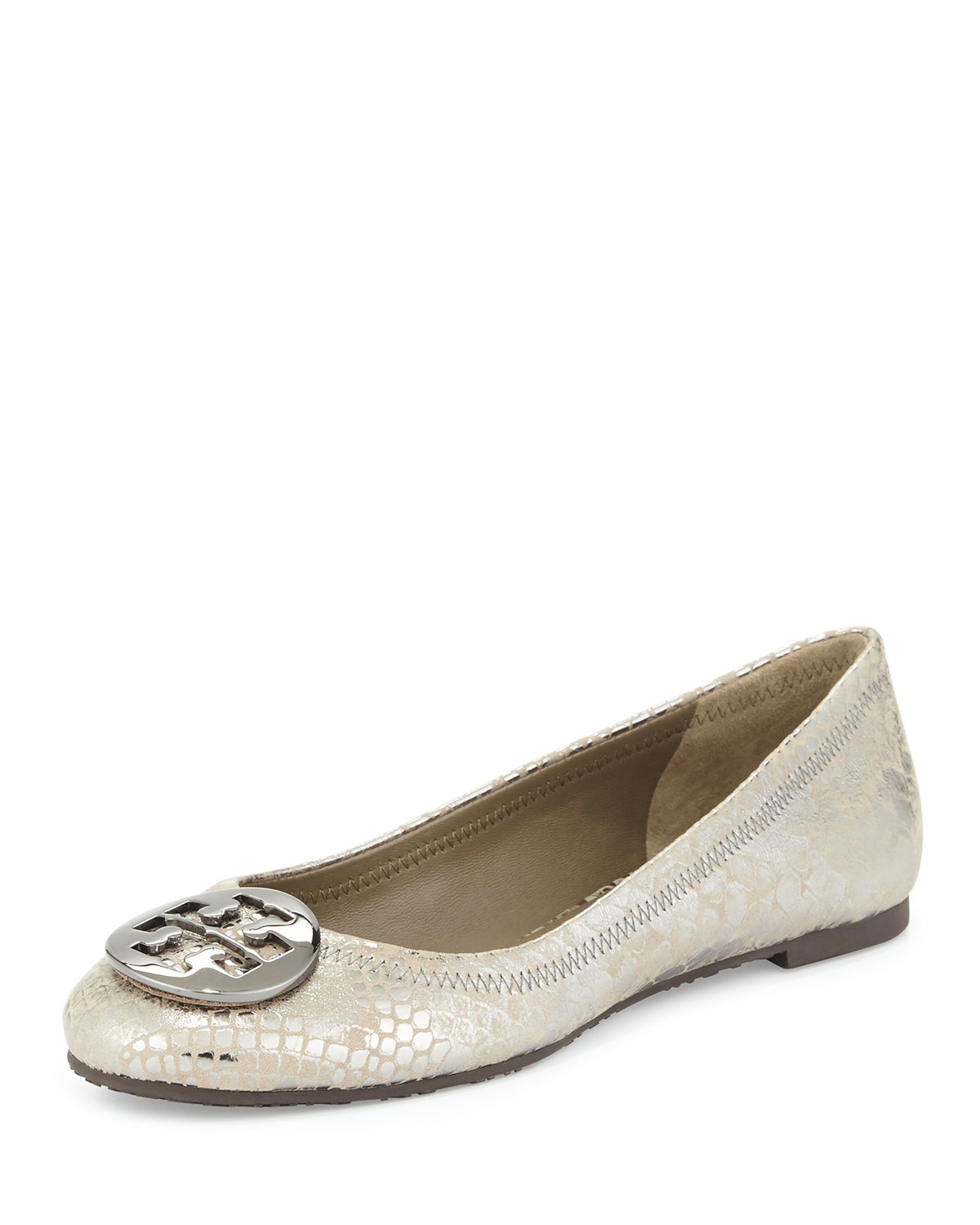 Sep 05,  · Tory Burch's Reva ballet flats are one of the most favorite shoes in the world. Unfortunately, it's also one of the most replicated shoes in the world.