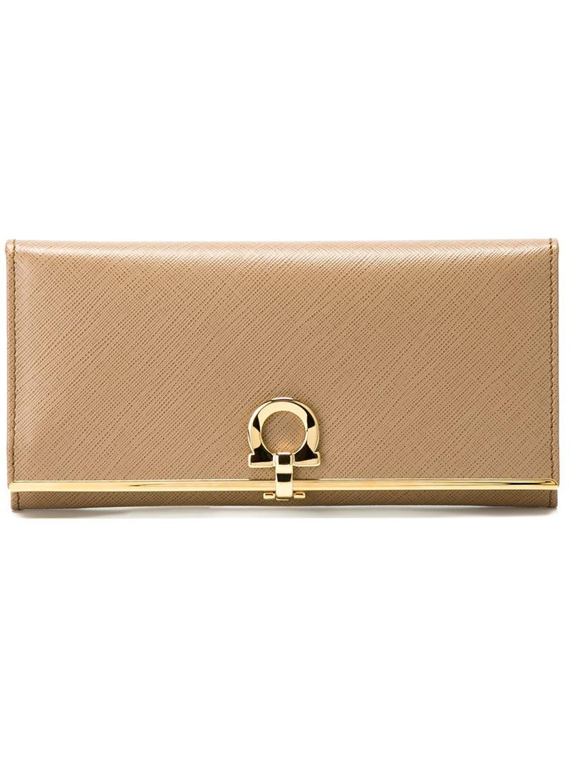 Salvatore Ferragamo Gancio flap wallet behLRy