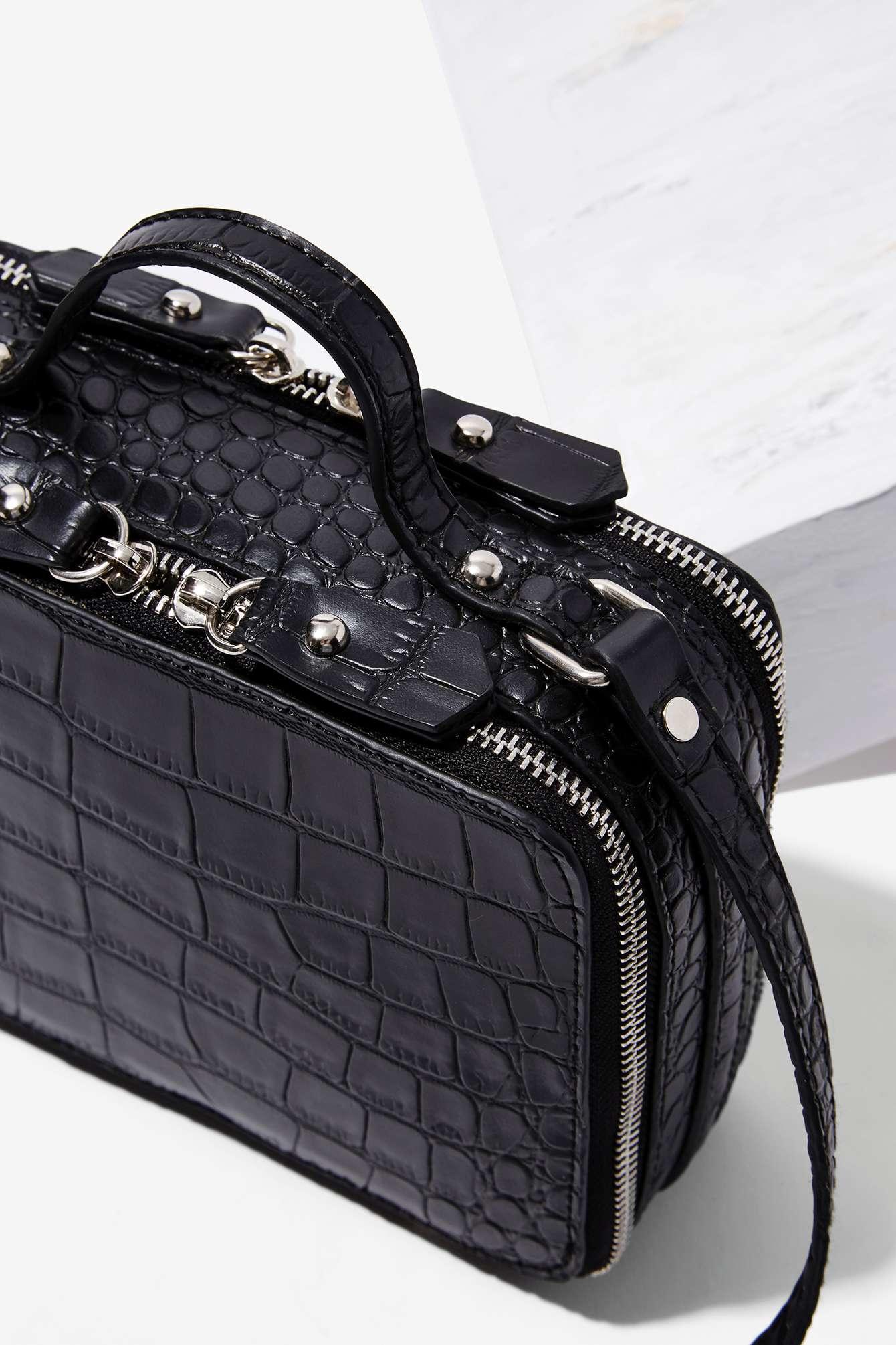 5cb41077051a Lyst - Nasty Gal Mandana Textured Crossbody Bag in Black
