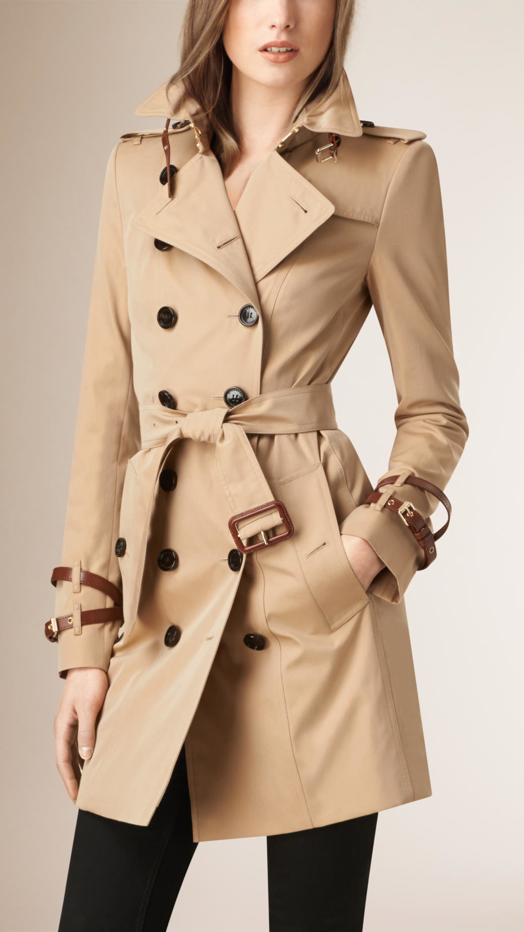b987fc32f489 Lyst - Burberry Leather-Detaiedl Gabardine Trench Coat in Natural