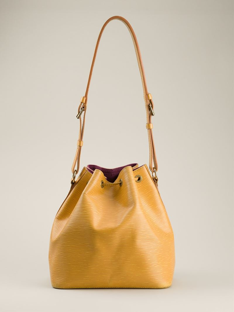 c3a835fcaa30 Gallery. Previously sold at  Farfetch · Women s Bucket Bags
