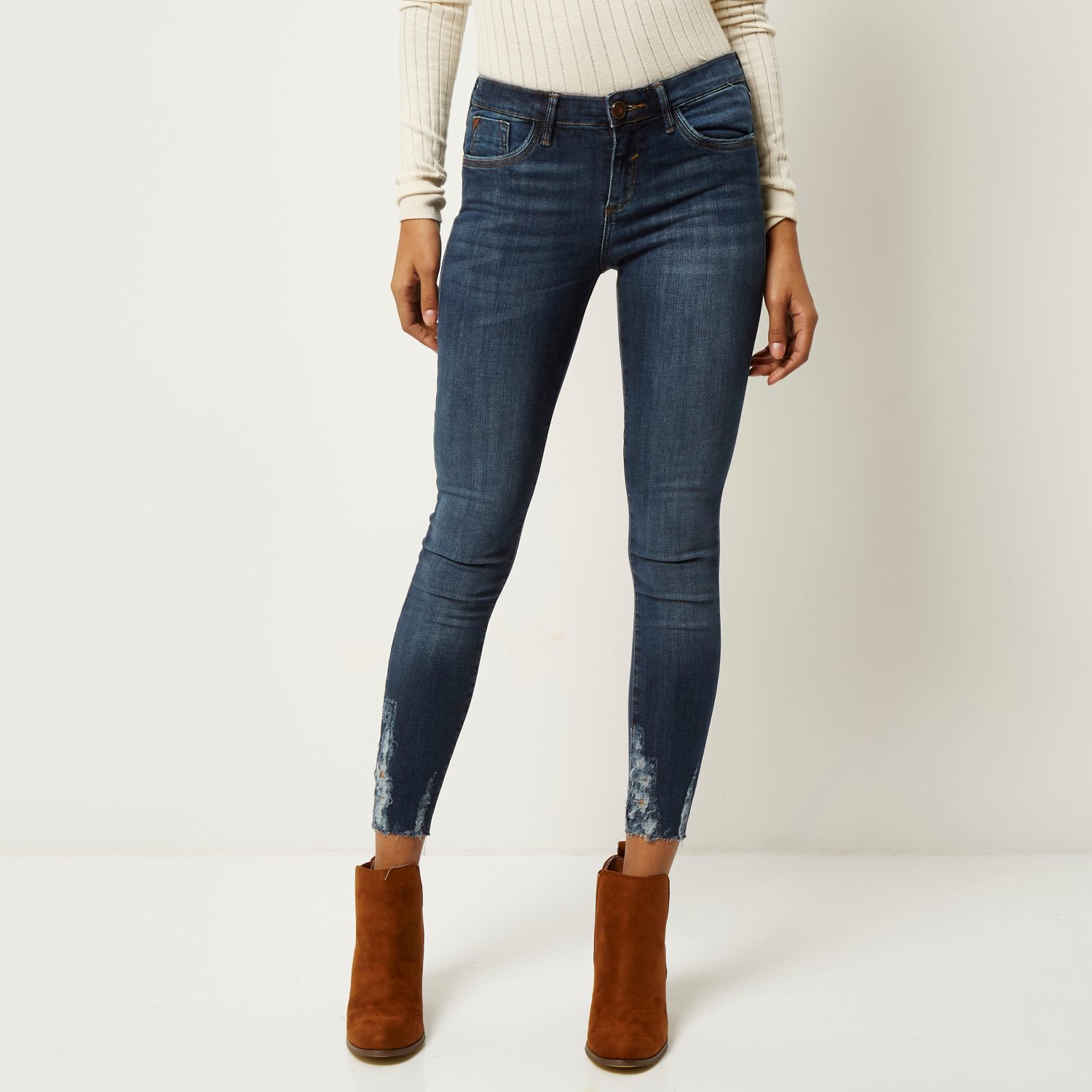 Dark Wash Ripped Jeans - Jeans Am
