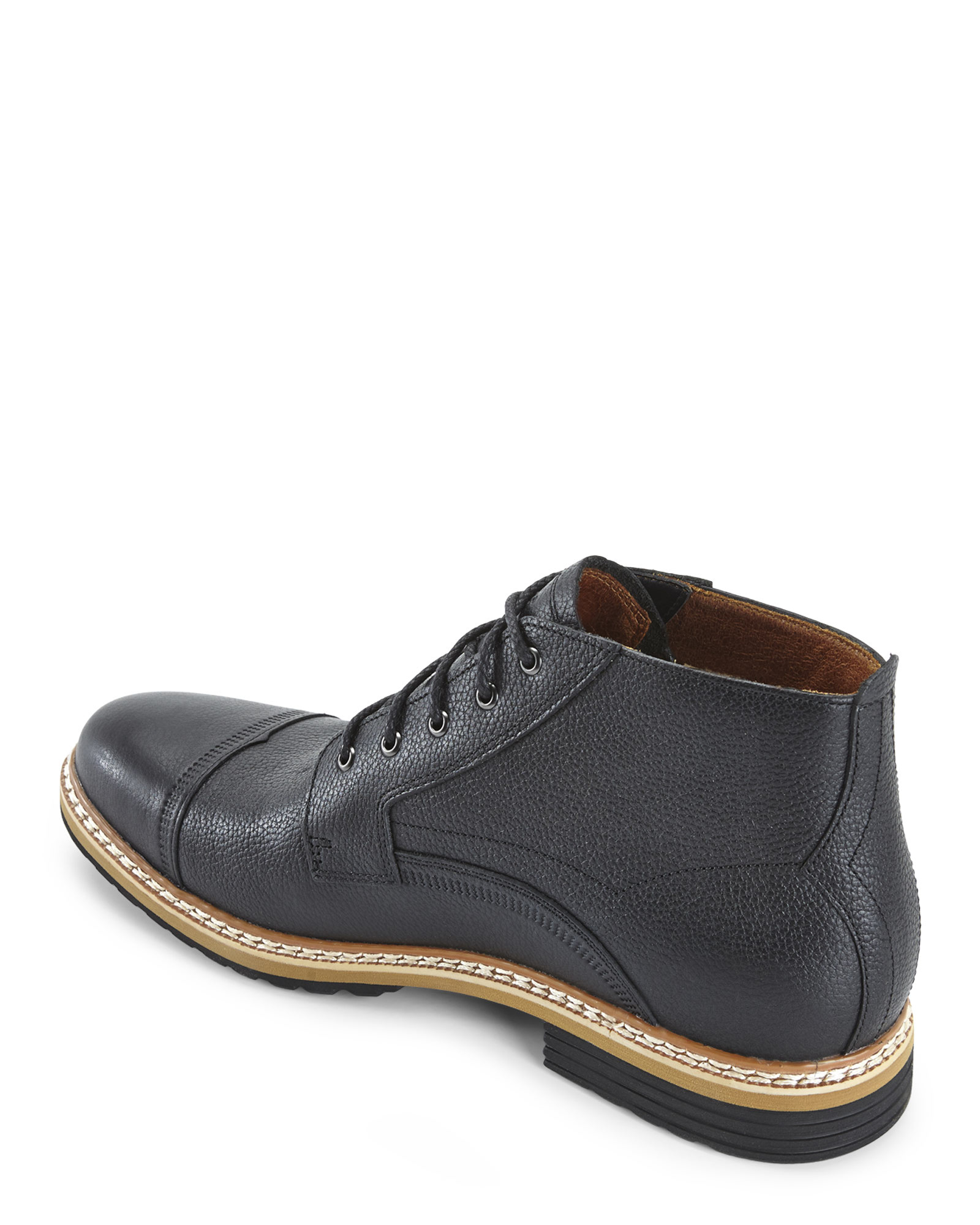 timberland black westhaven city 2 0 chukka boots in black