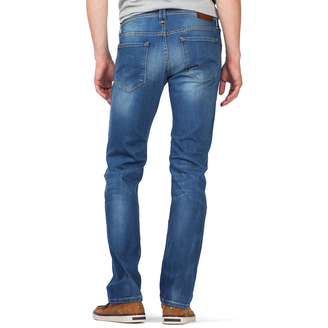 tommy hilfiger relaxed fit jeans in blue for men lyst. Black Bedroom Furniture Sets. Home Design Ideas