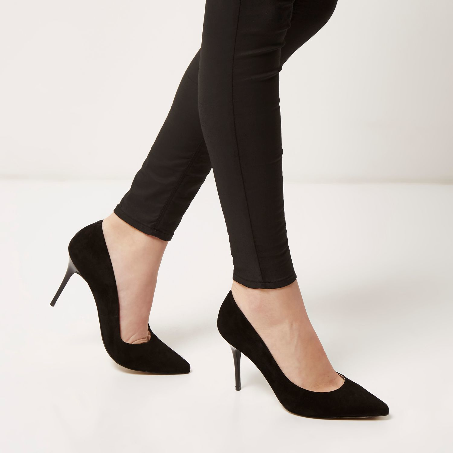 b83d776a1db2 Lyst - River Island Black Suede Pointed Mid Heel Court Shoes in Black