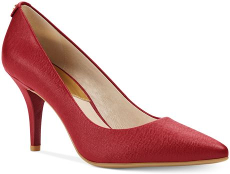 Michael Kors Michael Mk Flex Pumps in Red (Red Saffiano)
