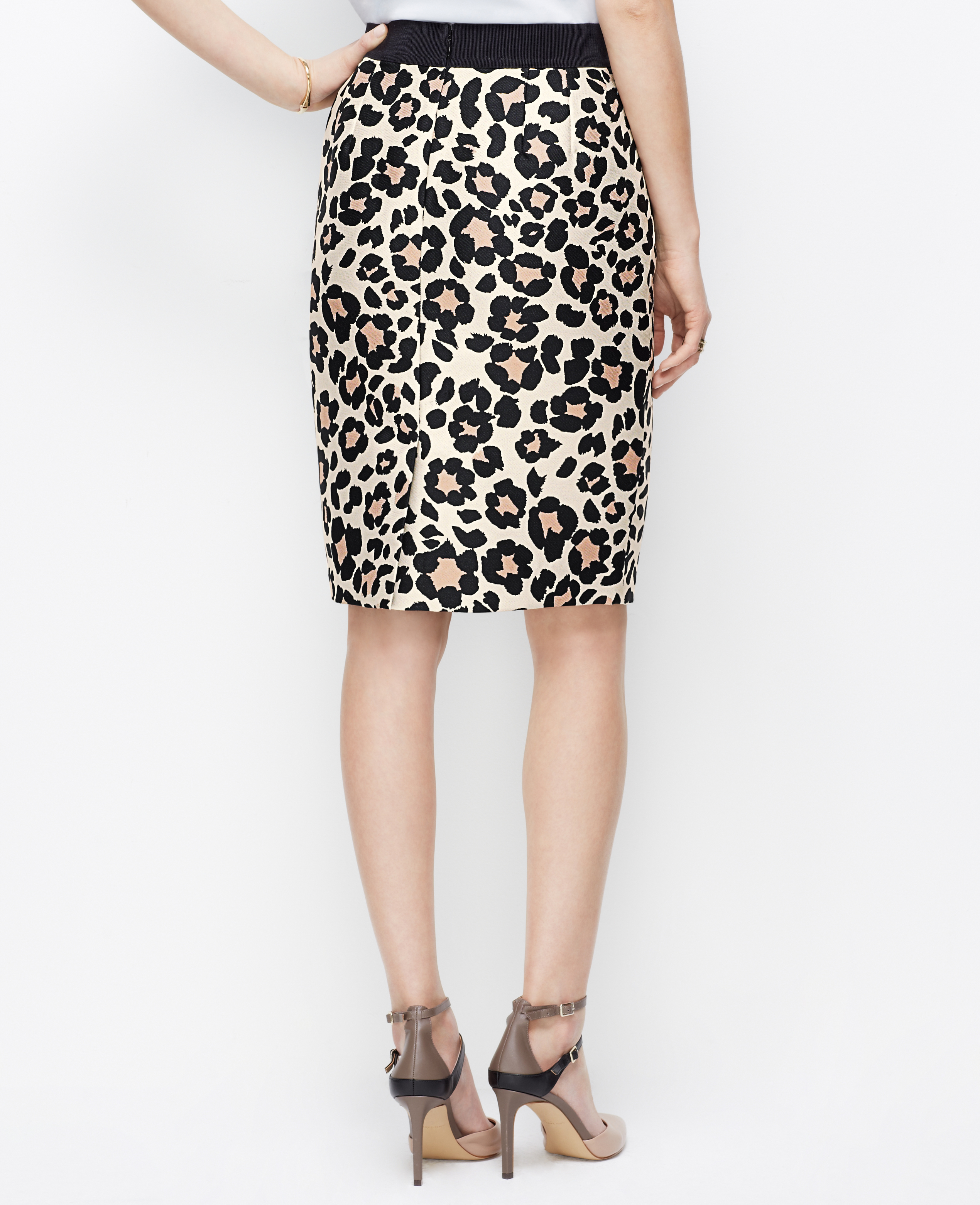 Ann Taylor Spring Leopard Pencil Skirt Lyst
