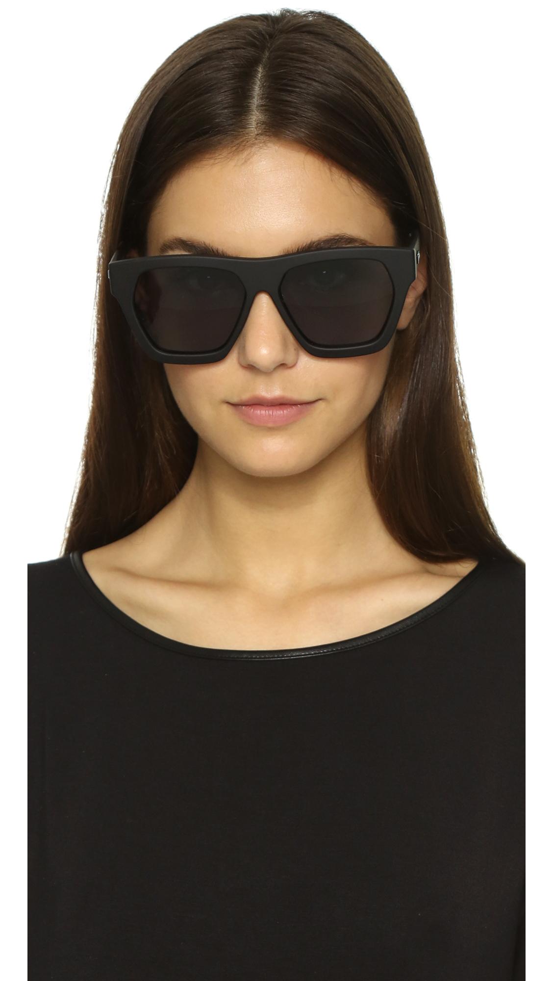 bac86c245d8 Le Specs New Wave Polarized Sunglasses - Black Rubber smoke Mono in ...