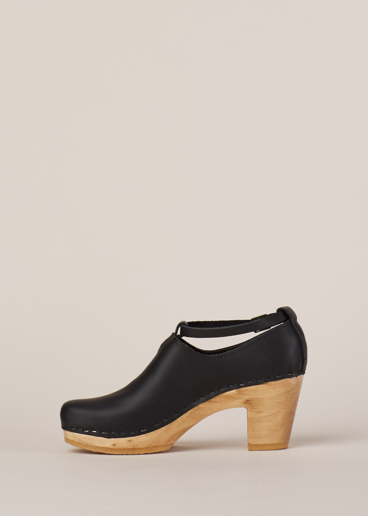 No 6 Black Natural Classic Shoe High Heel In Black Lyst