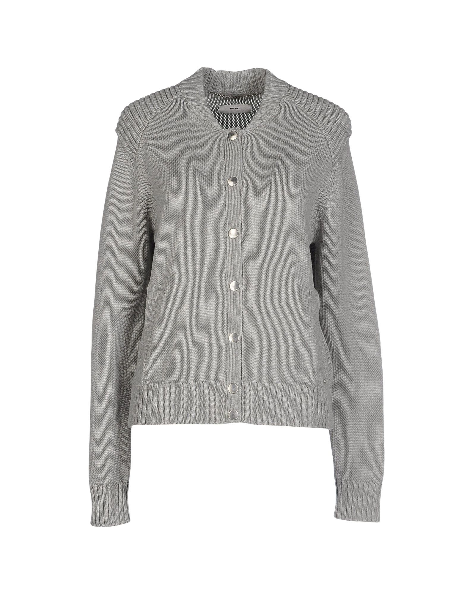 Shop prAna women's sweaters, hoodies, cardigans & wraps. Find versatile, organic cotton & travel-friendly styles that are made to move with you. Discover our range of sweaters for women.