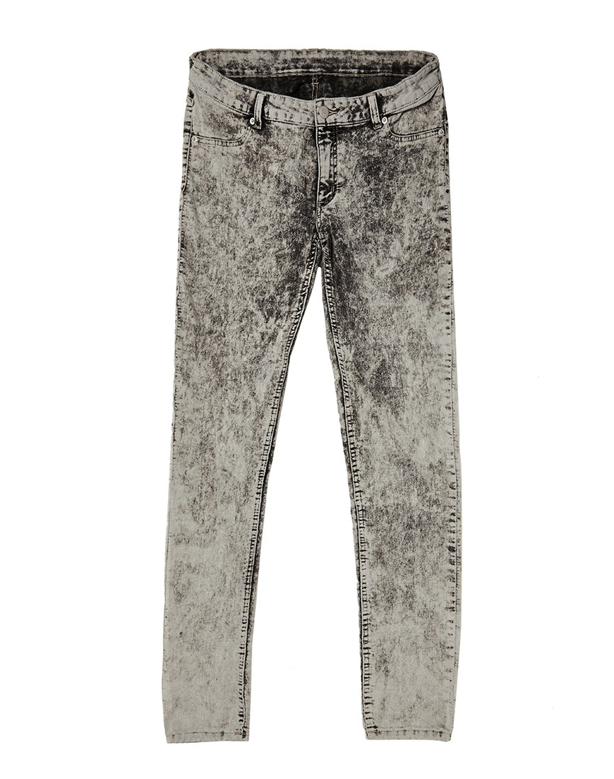 Cheap monday Low Spray Jeans In Super-Skinny Fit Ice Wash in Gray