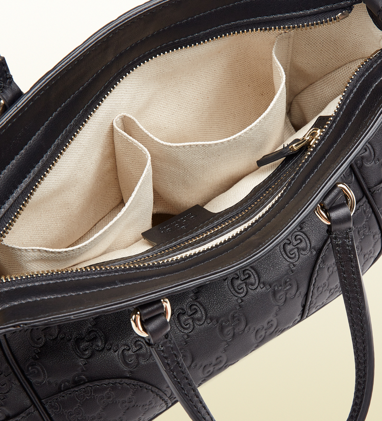 aa420ac7448c Gucci Bree Ssima Leather Top Handle Bag in Black - Lyst