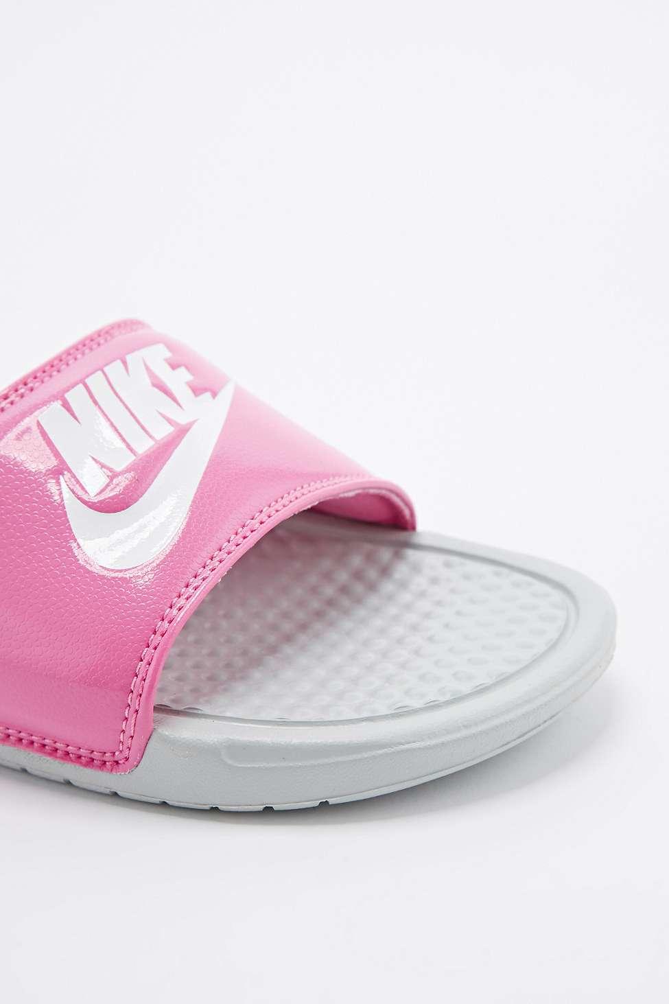 Nike Benassi Jd Sliders In Pink In Pink Lyst