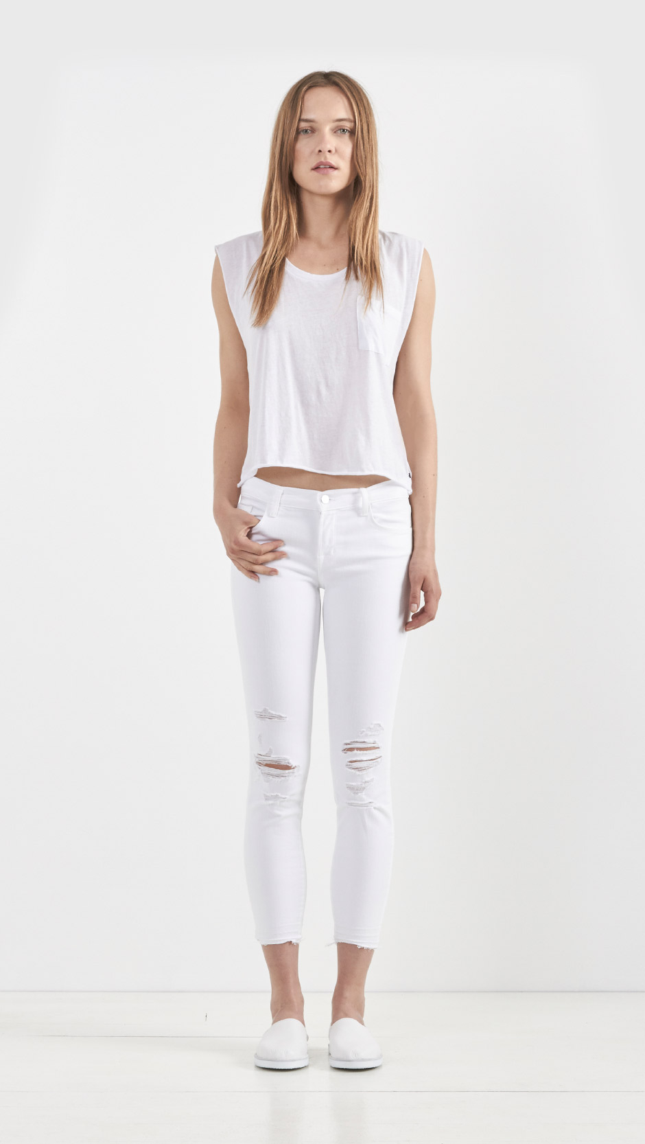 J brand Low Rise Crop Jeans in White | Lyst