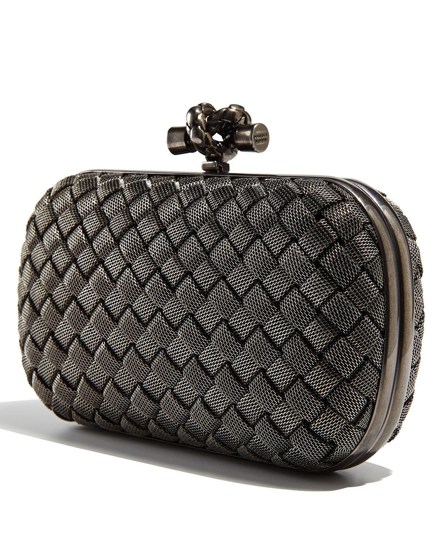 834165e92a0 Gallery. Previously sold at  Bergdorf Goodman · Women s Metallic Clutch Bags  Women s Bottega Veneta ...