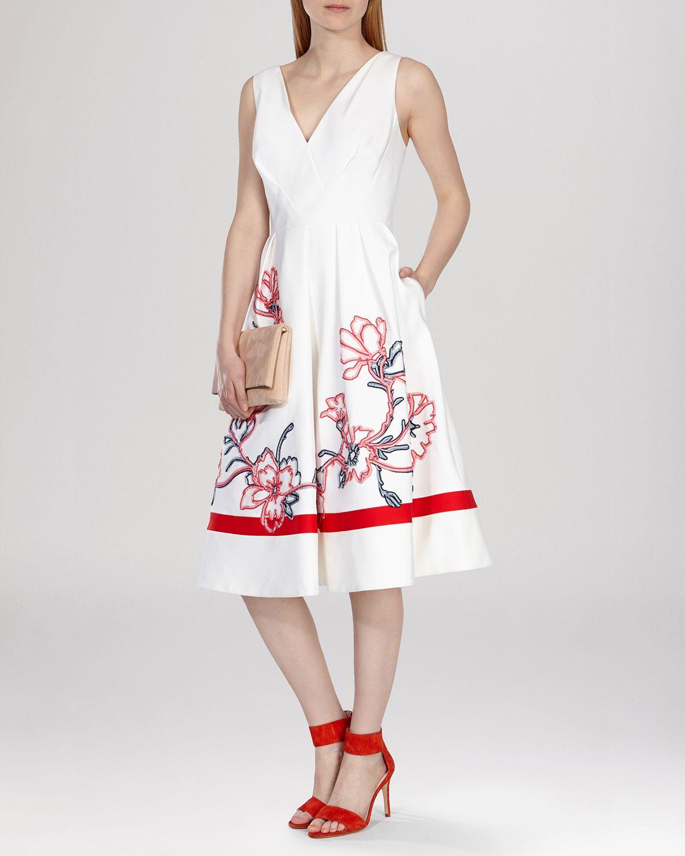Karen millen embroidered bodycon dress beginners