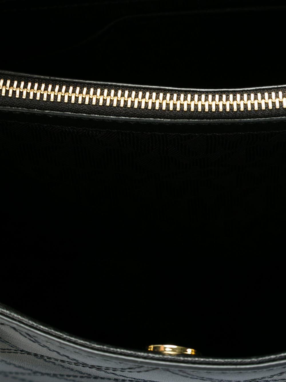 MICHAEL Michael Kors Medium 'cynthia' Tote in Black