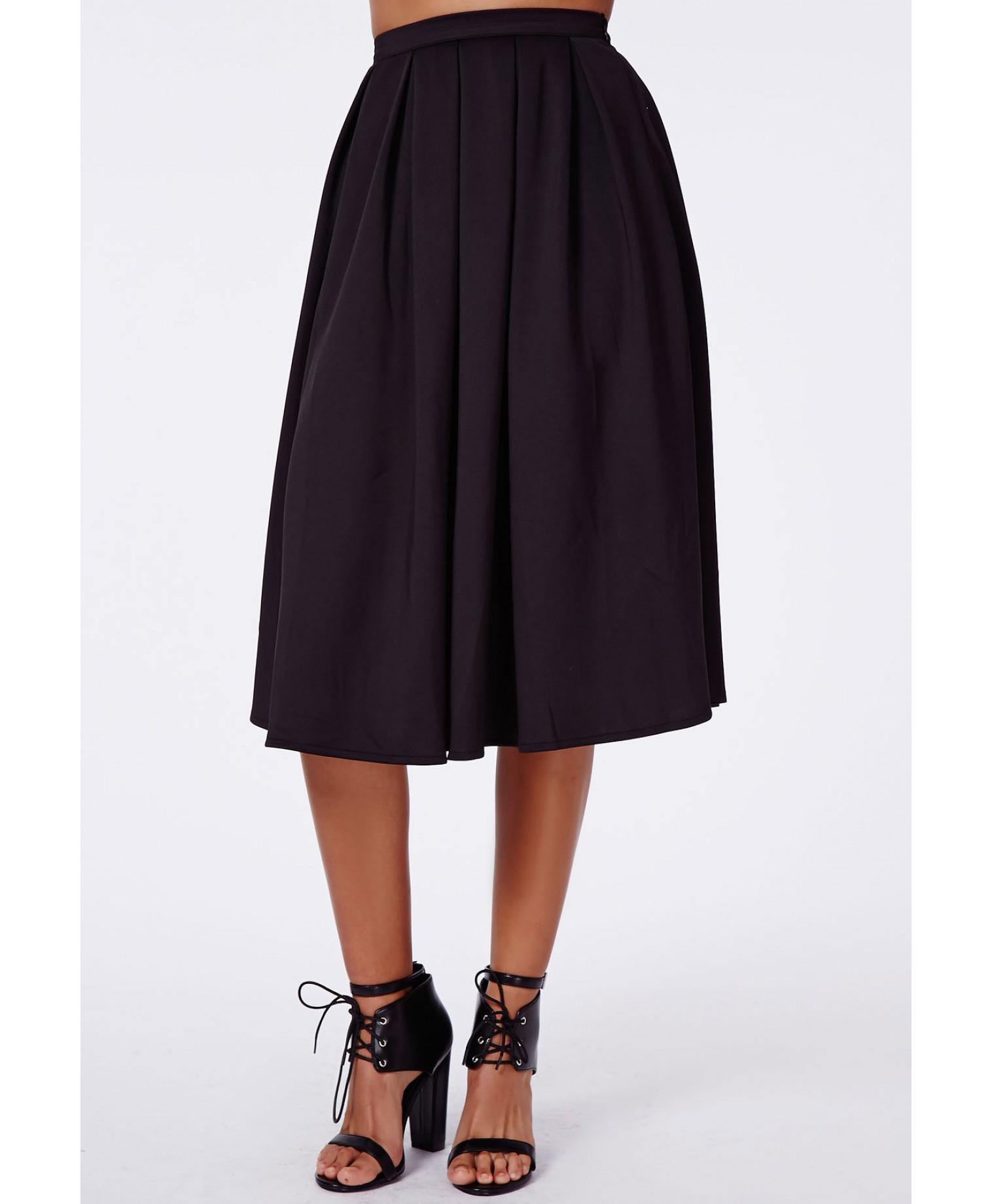 missguided auberta pleated midi skirt black in black lyst