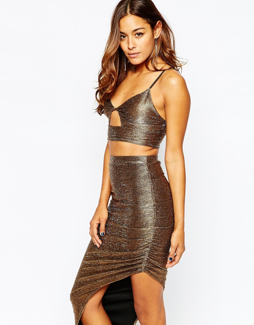937369e9c99 Missguided Metallic Cut Out Bralet - Bronze in Metallic - Lyst