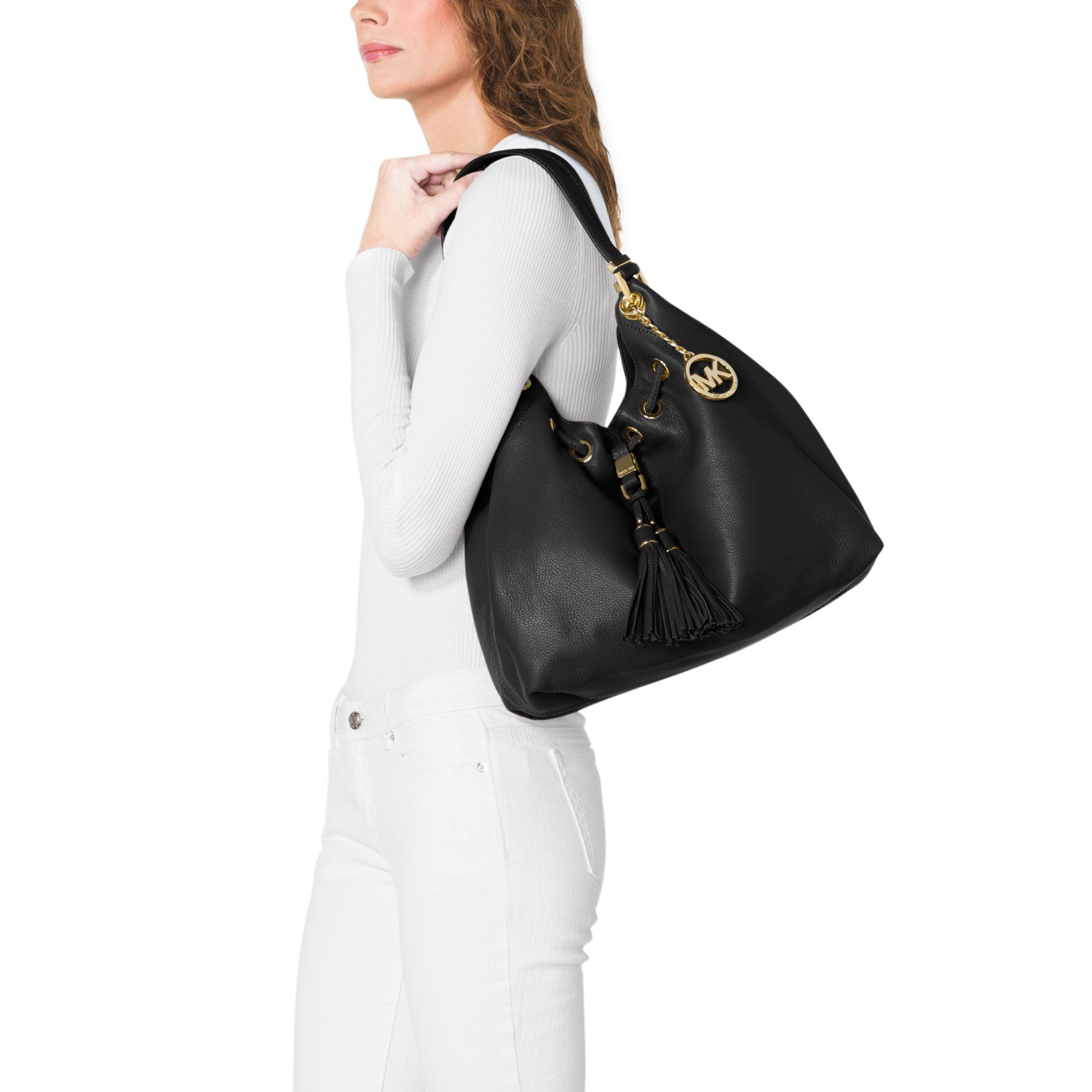b5b28686f78884 Michael Kors Camden Large Leather Shoulder Bag in Black - Lyst