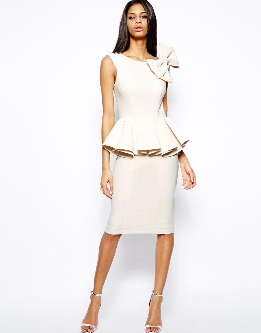 Forever Unique Structured Dress With Bow In Cream White