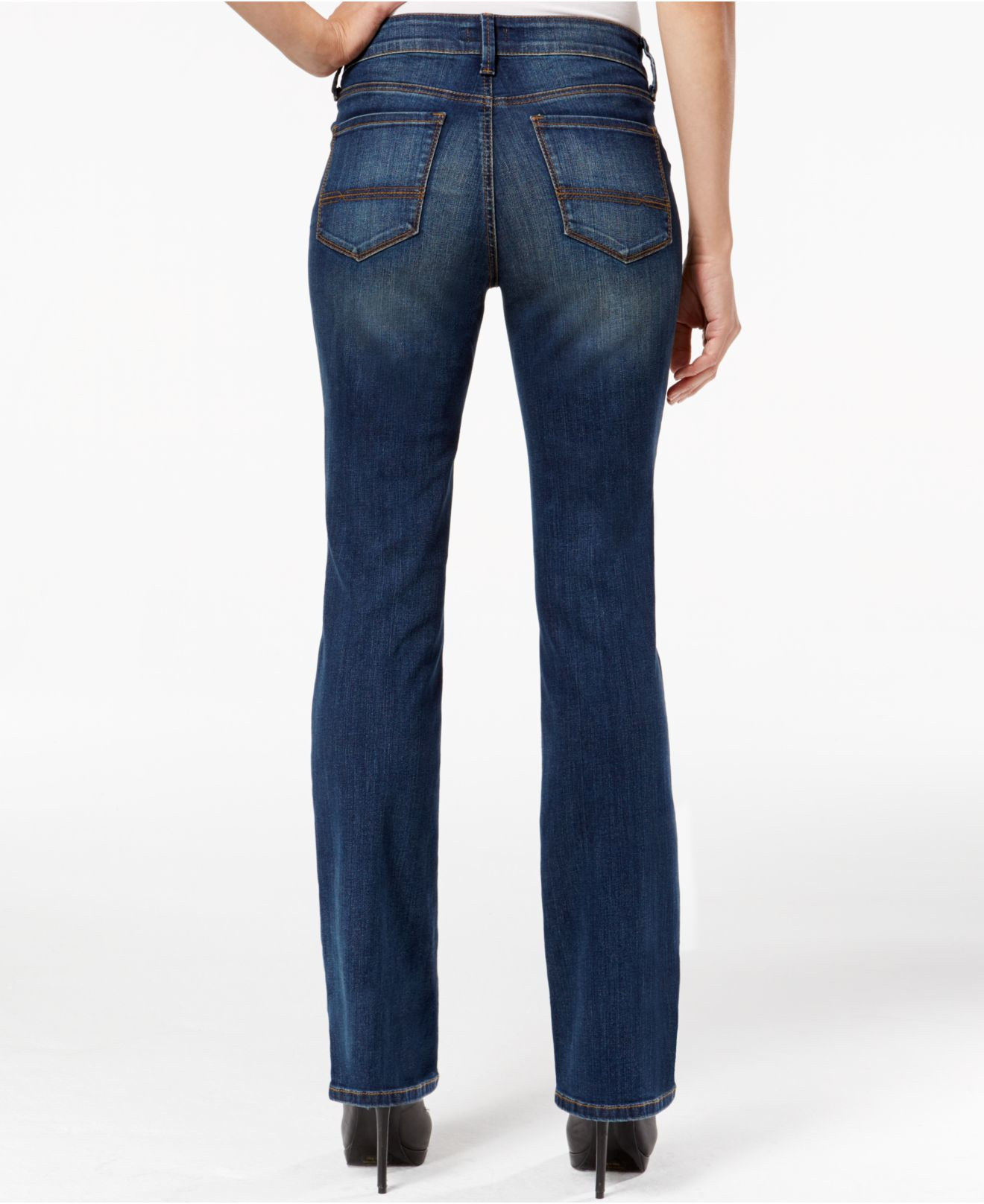 Visit NYDJ and shop petite bootcut jeans. Find the perfect fitting NYDJ bootcut jeans in petite sizes today. NYDJ.