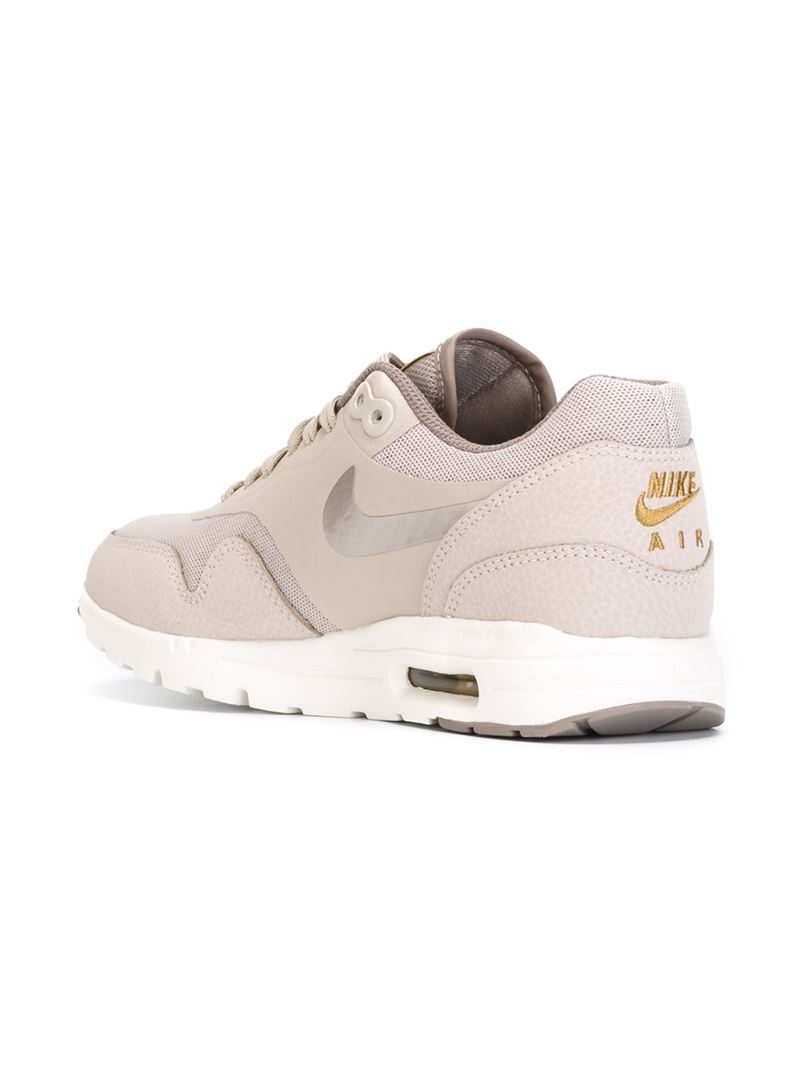 Nike 'Air Max 1 Ultra Essential' Sneakers in Gray Lyst