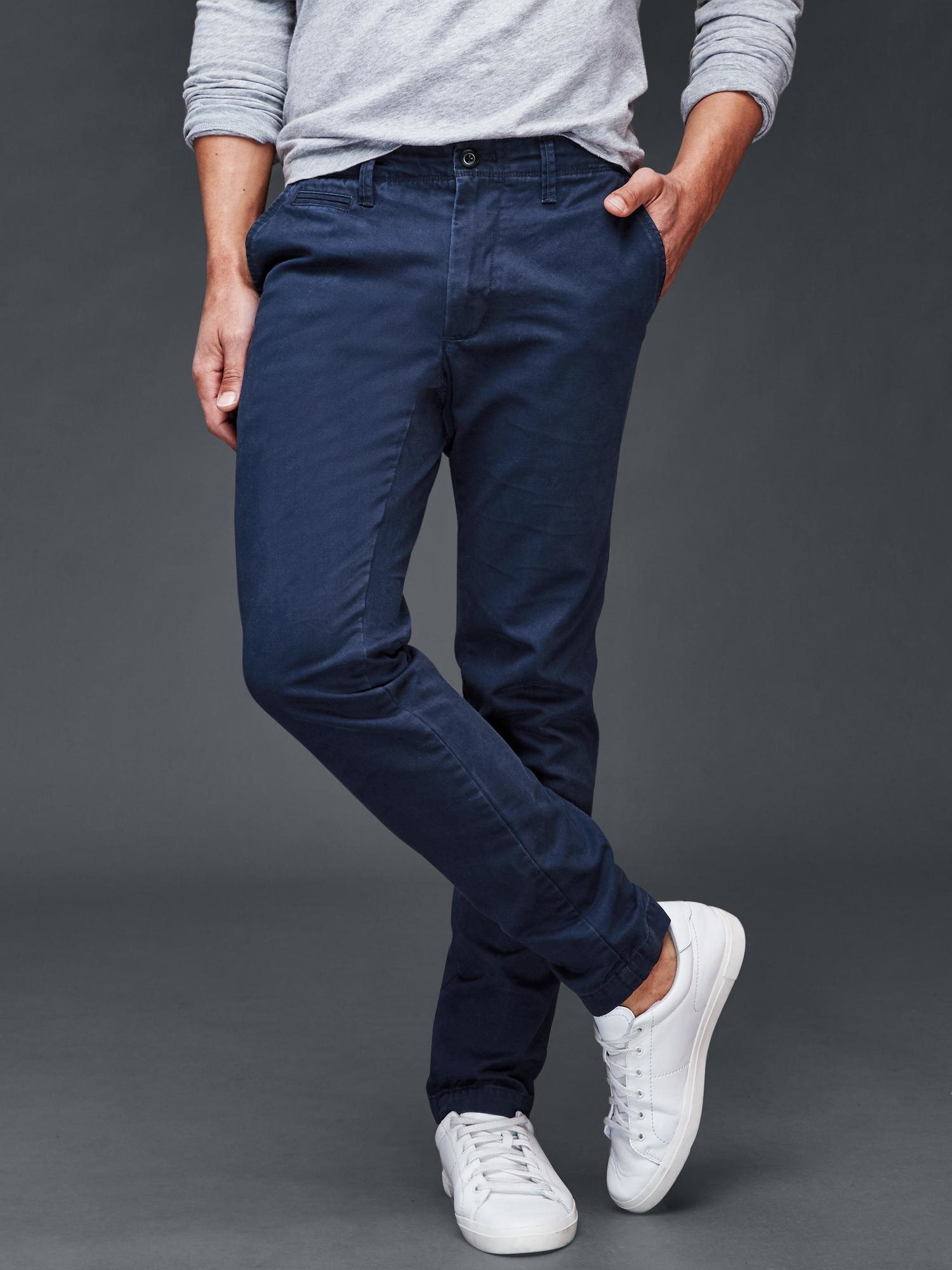 Look awesome in American Eagle Jeans. With jeans in all washes, colors and fits, both men and women are guaranteed to find the perfect pair of jeans at distrib-ah3euse9.tk