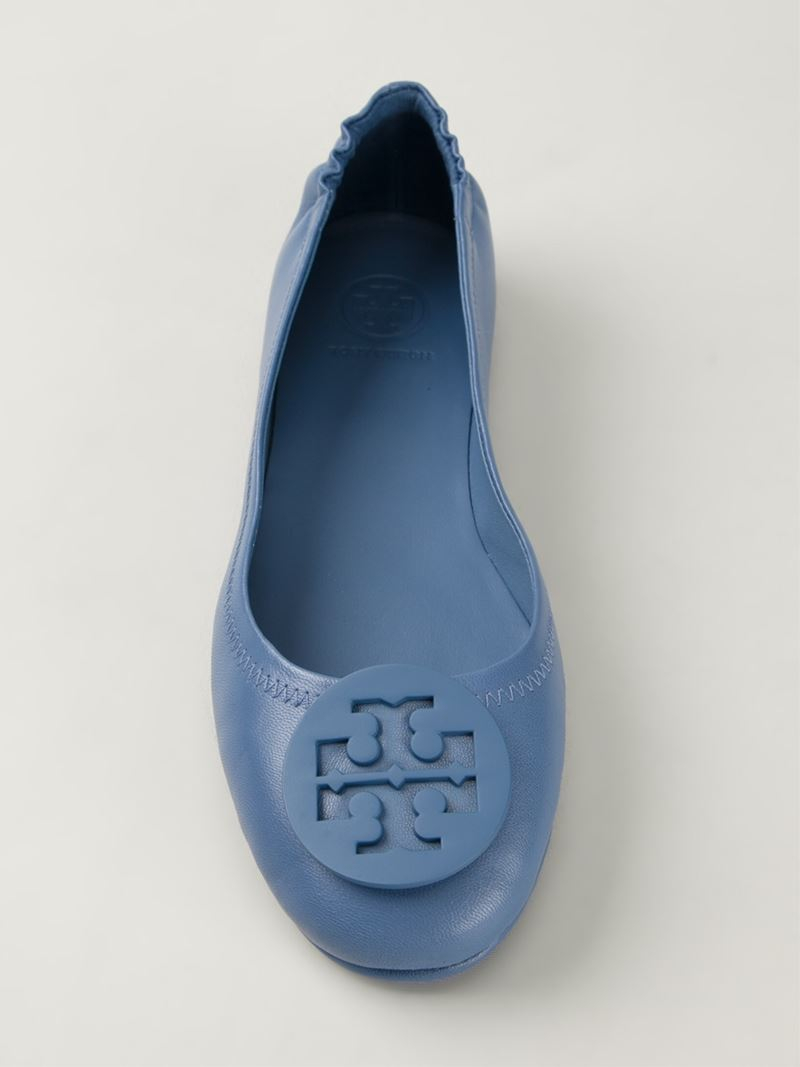 ff203581fd94 Lyst - Tory Burch Minnie Travel Leather Ballet Flats in Blue