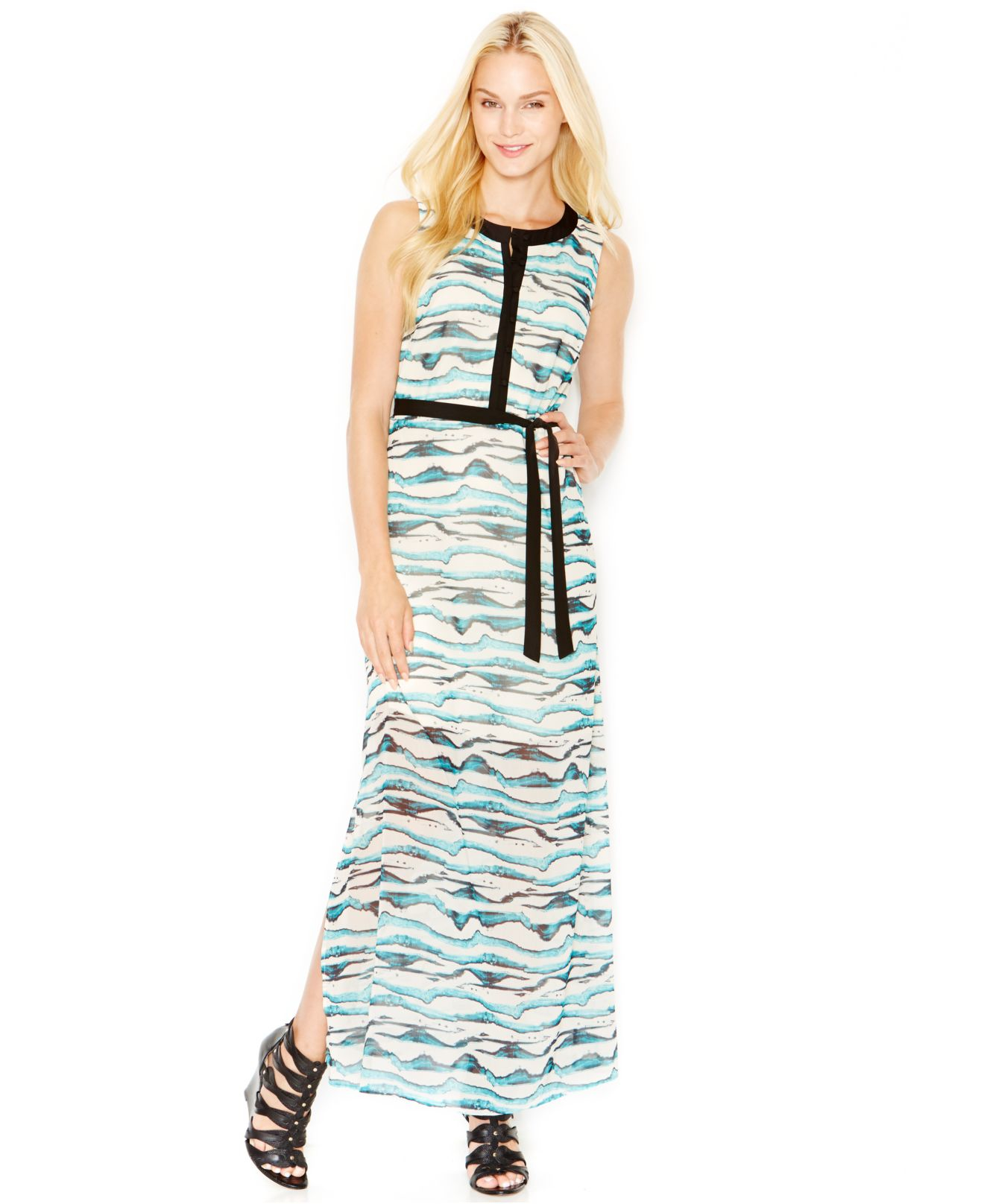 kensie printed belted maxi dress in blue blue combo