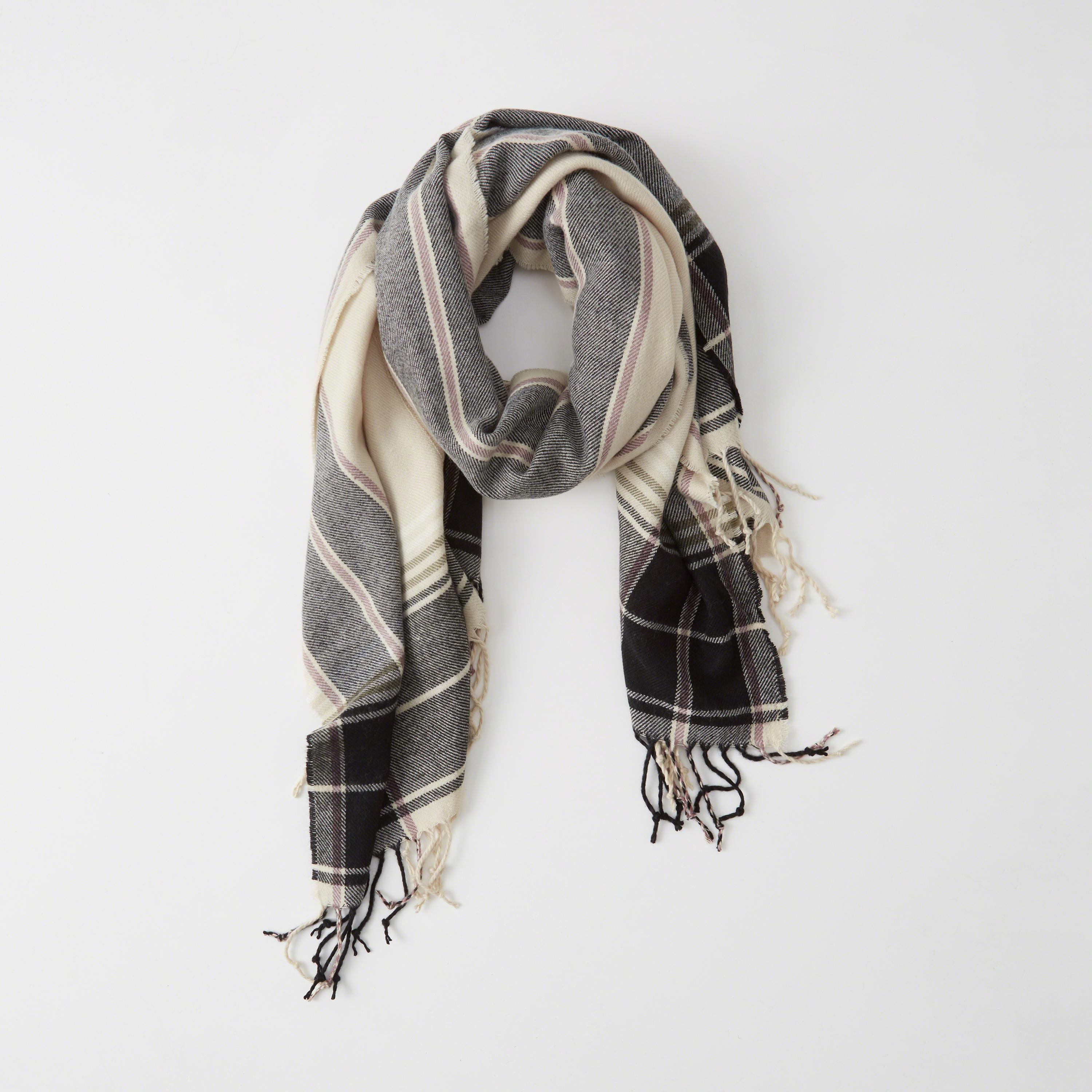 Abercrombie Fitch Accessories Abercrombie Fitch Womens: Abercrombie & Fitch Poncho Scarf