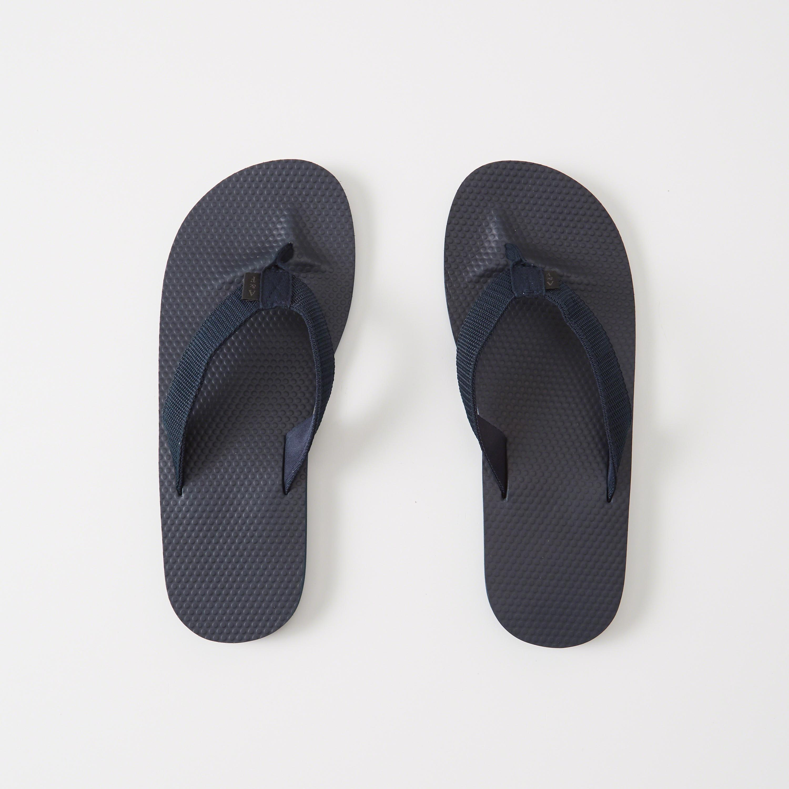 7c6b60d2a73a Abercrombie   Fitch Mixed Media Rubber Flip Flops in Blue for Men - Lyst