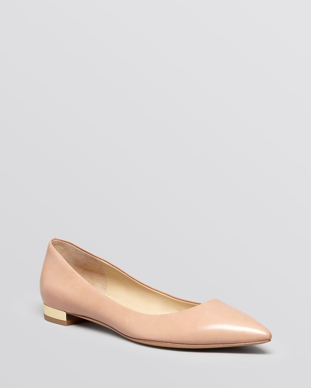 c306a8adaa749 Via Spiga Pink Pointed Toe Flats Velvet
