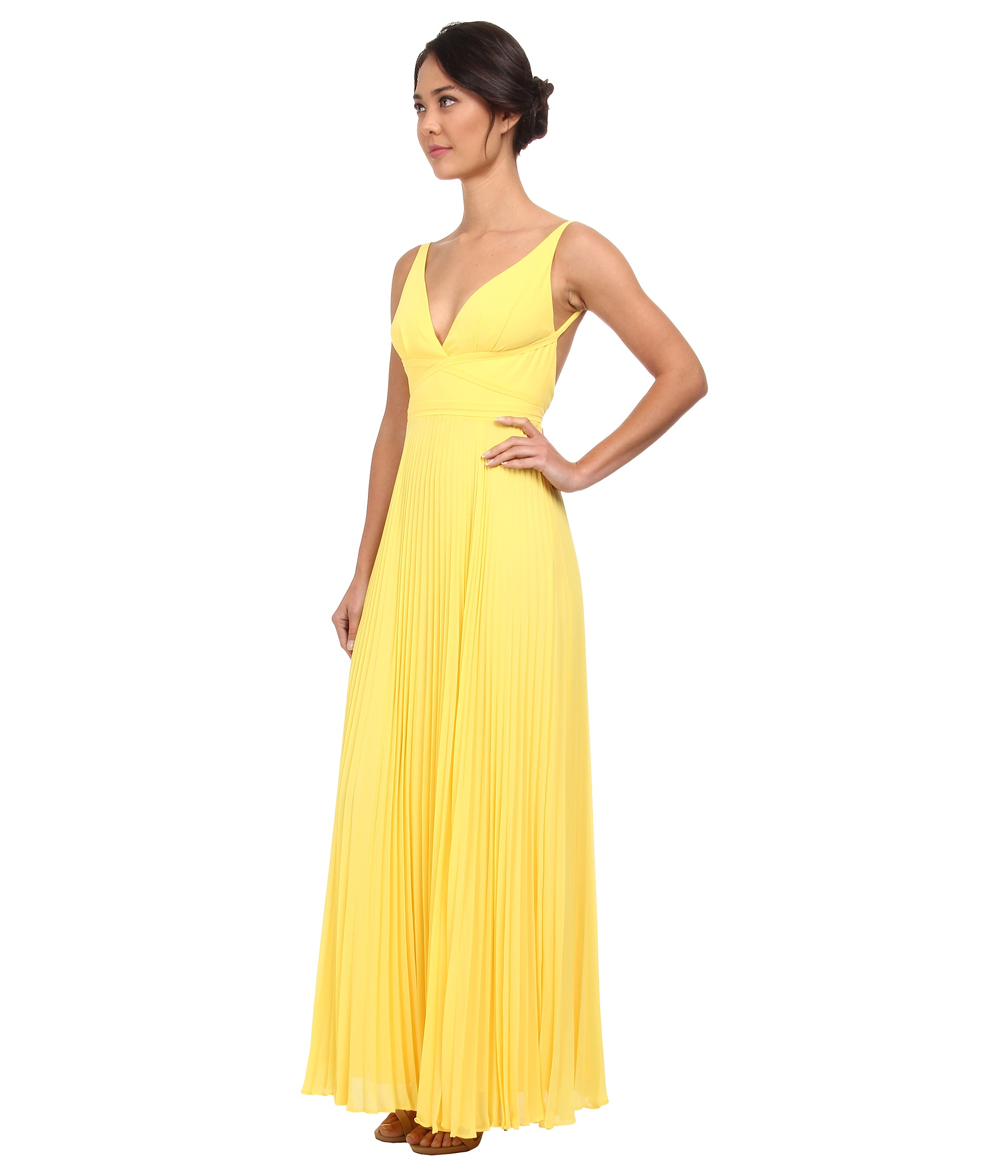 64e820b44 Laundry by Shelli Segal Pleated Chiffon Open Back Gown in Yellow - Lyst