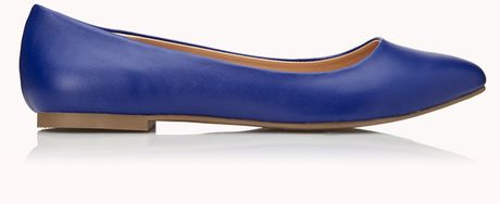 Forever 21 Classic Pointed Flats in Blue (Bright cobalt)