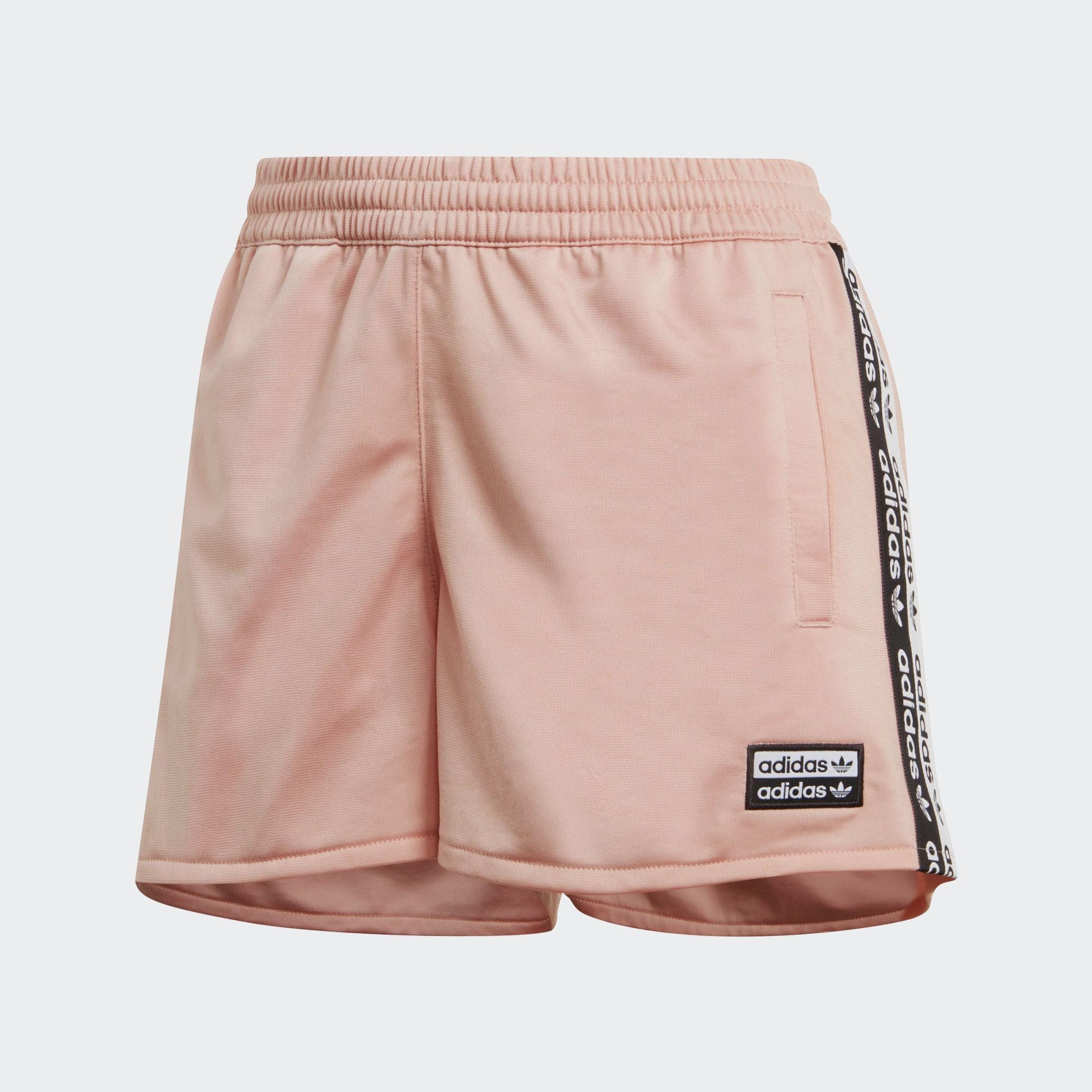 Pantalón corto Tape adidas de color Rosa