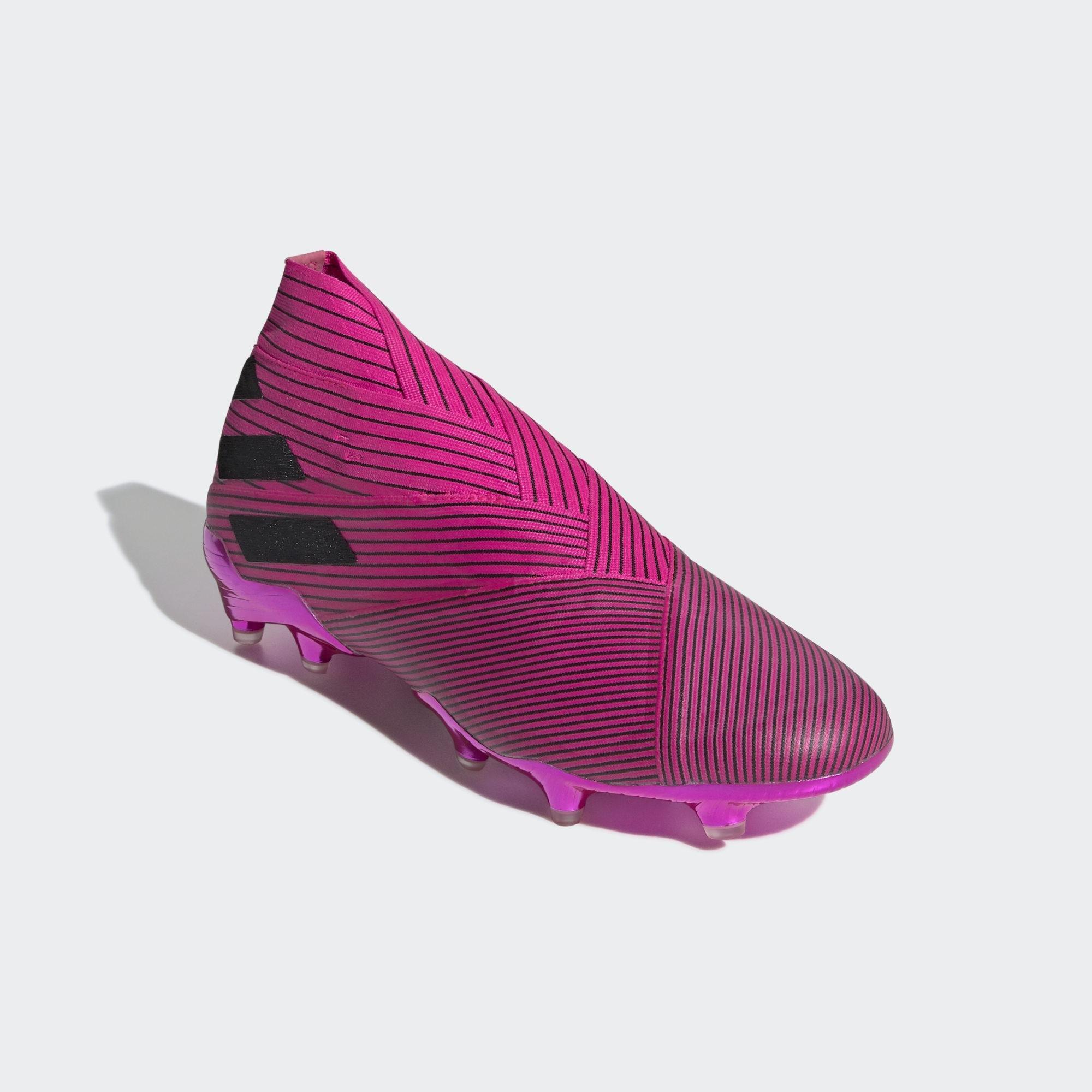 Bota de fútbol Nemeziz 19+ césped natural seco adidas de color Rosa
